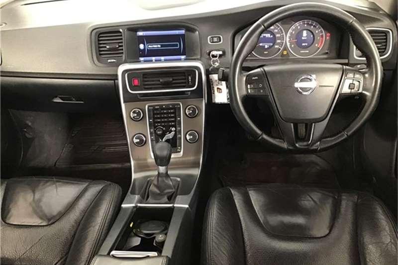 Volvo S60 T3 2011