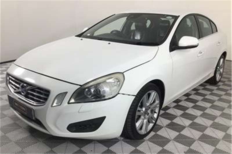Volvo S60 T3 Excel 2011