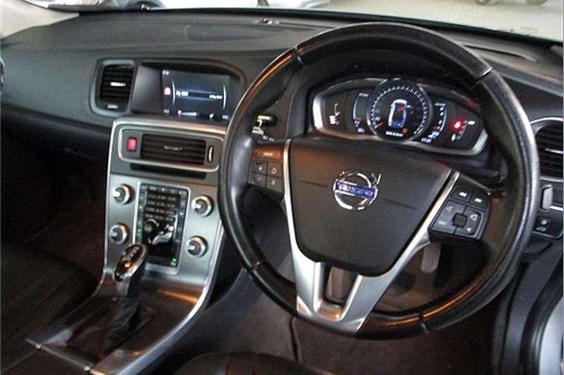 Volvo S60 T3 Excel auto 2015