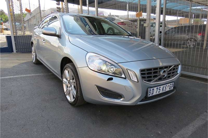Volvo S60 T4 Powershift 2011