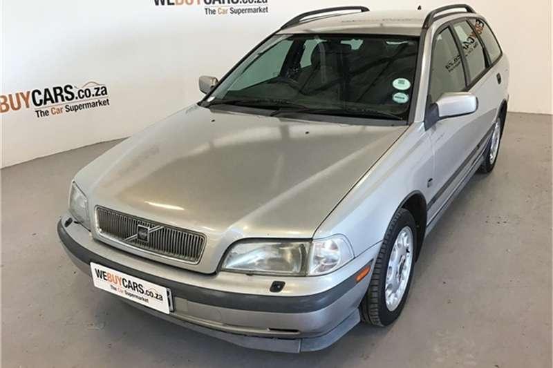 Volvo V40 1998