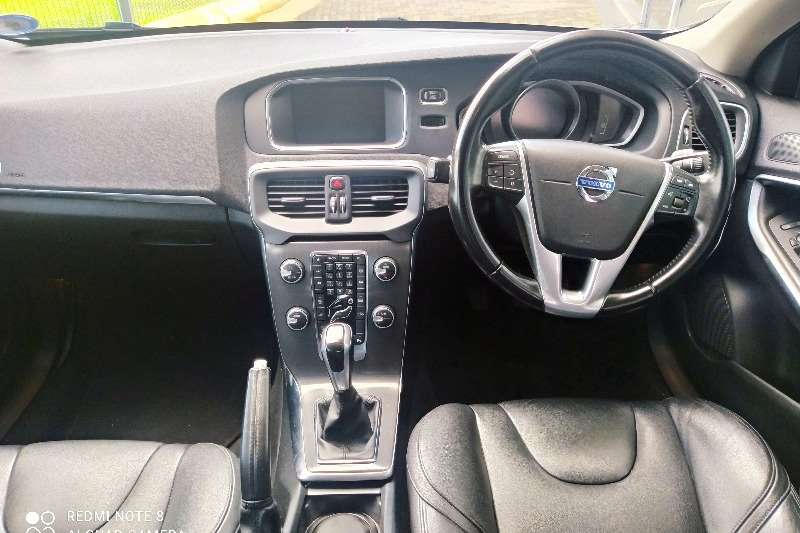 Used 2015 Volvo V40 D2 Elite