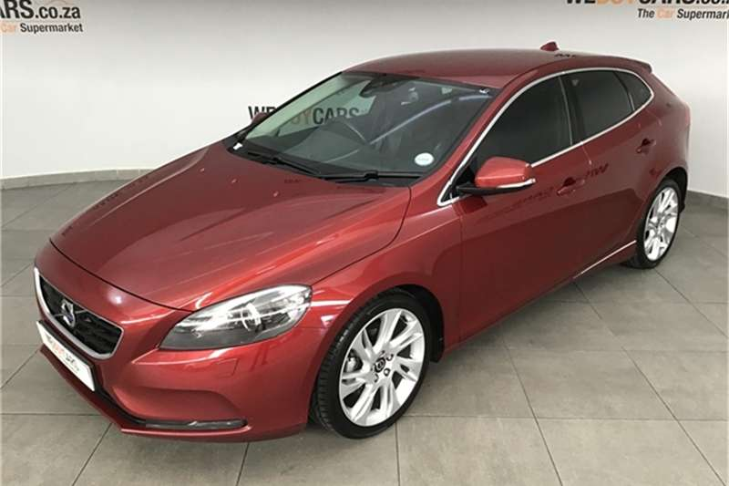 Volvo V40 D2 Inscription 2015