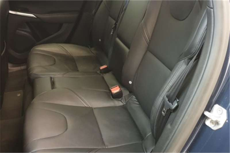 Volvo V40 D3 Elite 2014