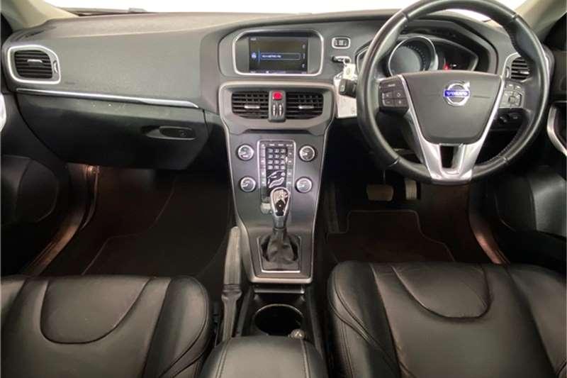 2014 Volvo V40