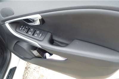 Used 2019 Volvo V40 T3 Inscription auto