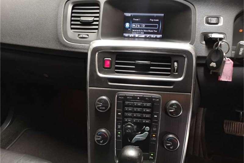 Volvo V60 2.0T Powershift 2011