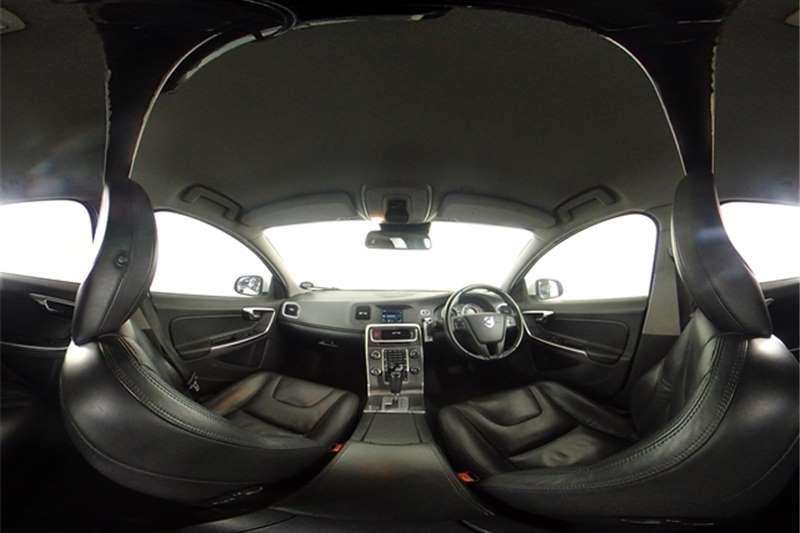 Used 2011 Volvo V60 2.0T Powershift