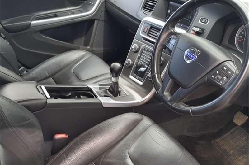 Volvo V60 T4 2012
