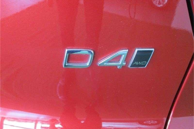 Volvo XC40 D4 MOMENTUM AWD GEARTRONIC 2018