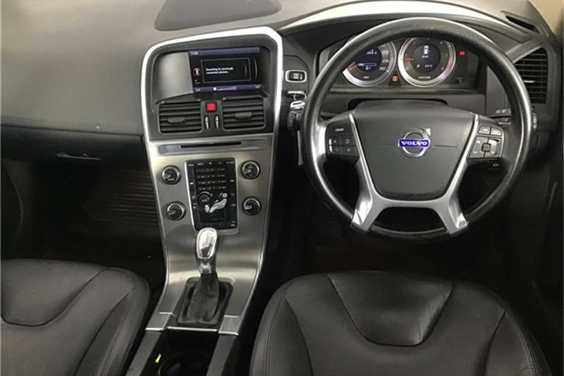 Volvo XC60 D3 Elite 2012