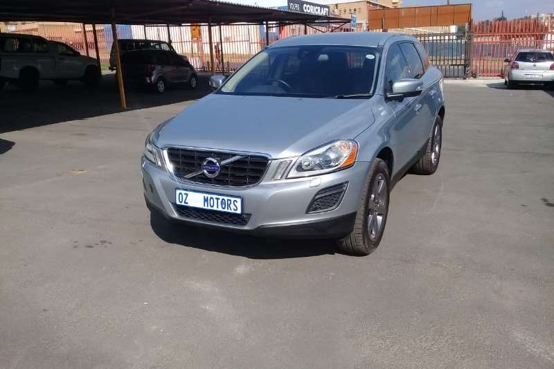 Volvo XC60 D3 Geartronic 2013