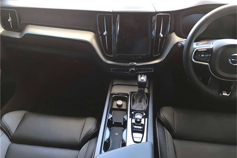 Used 2020 Volvo XC60 D4 R DESIGN GEARTRONIC AWD