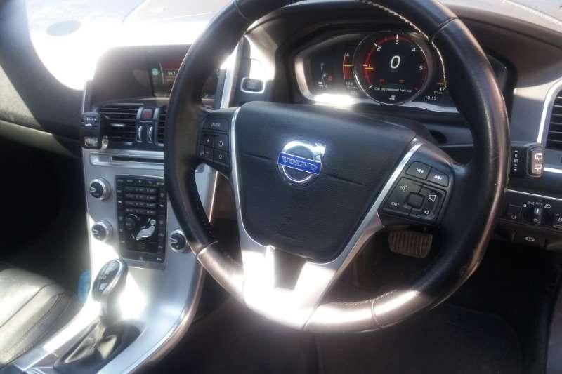 2016 Volvo XC60 D4 Essential auto
