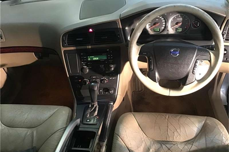 Volvo XC70 2.5T Geartronic 2004
