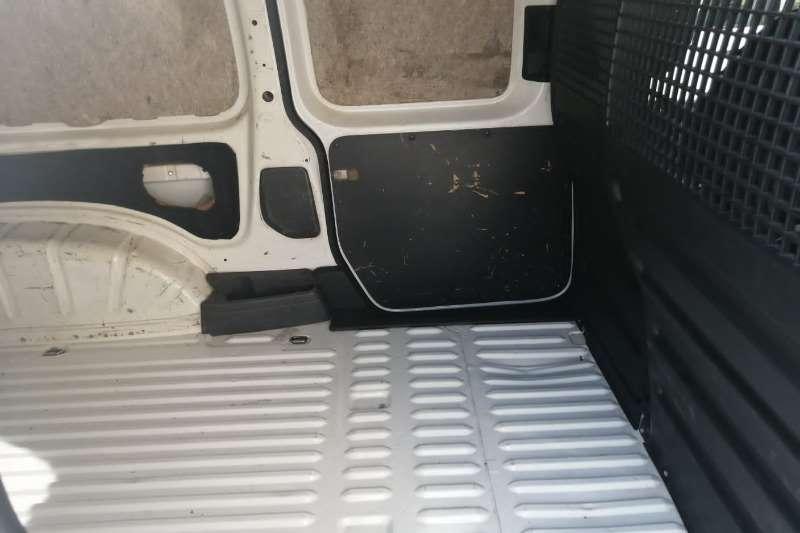 Used 2011 VW Caddy 2.0TDI crew bus