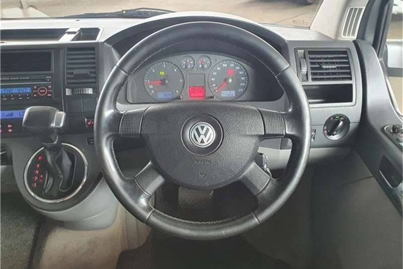 VW Caravelle 2.5TDI tiptronic 2009