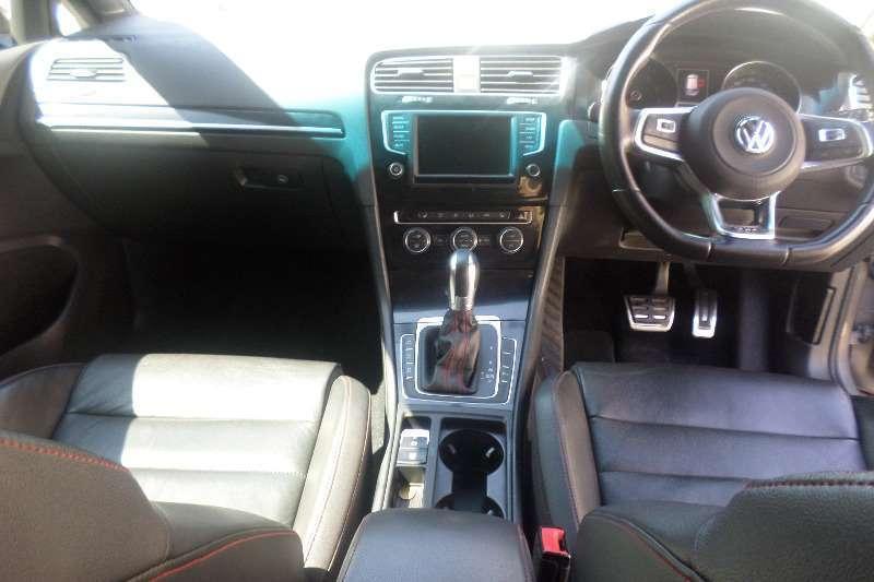 VW Golf 2.0 TURBO 2015