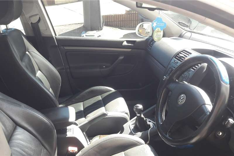 VW Golf 2.0TDI Highline 2016