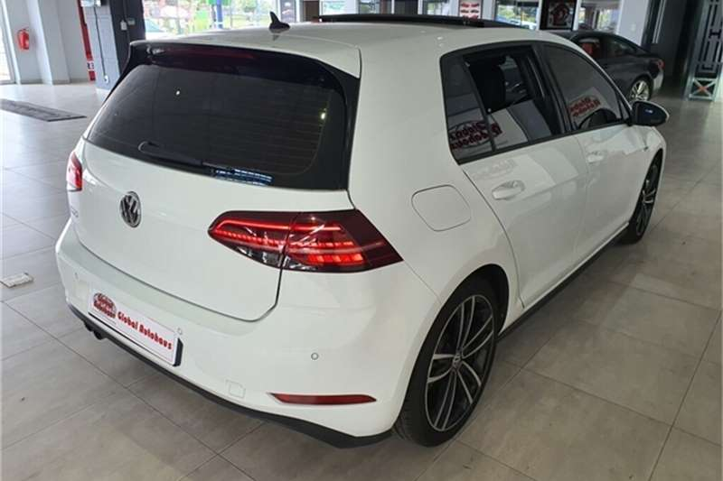 VW Golf GTD 2019