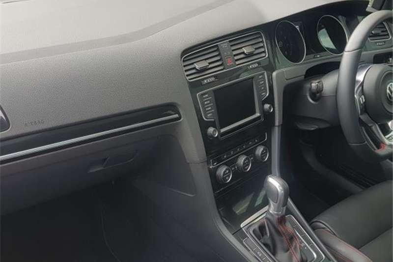 VW Golf GTI auto 2017