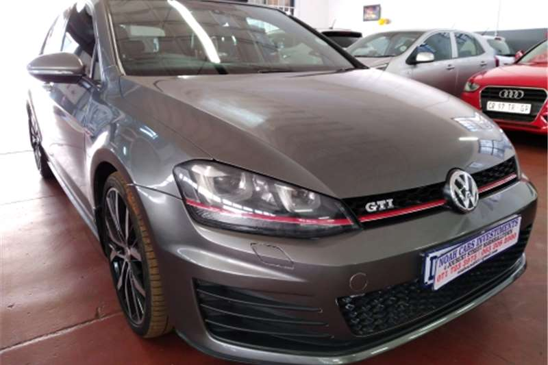 Used 2017 VW Golf GTI DSG