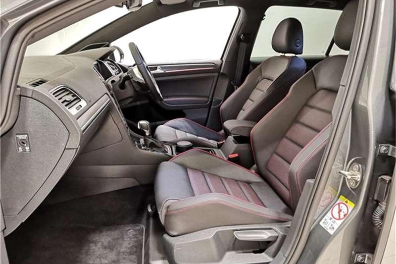 VW Golf GTI Performance auto 2020