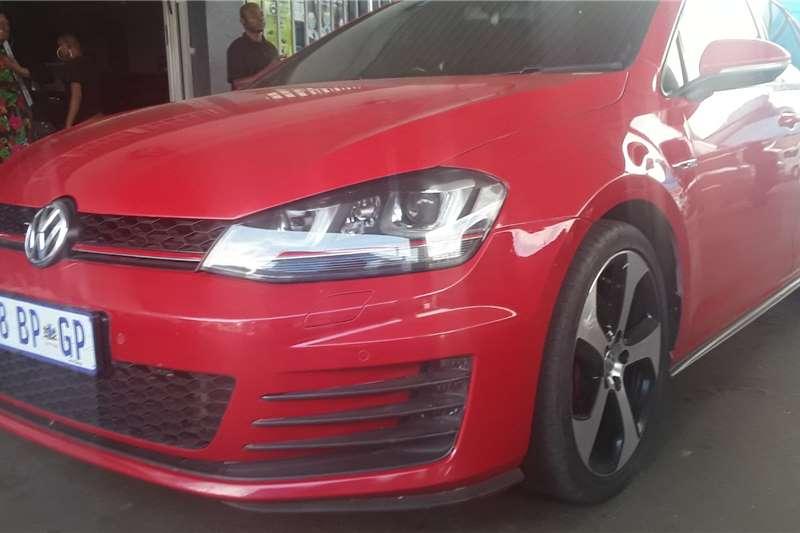 VW Golf Hatch GOLF 1.6 COMFORTLINE 2014