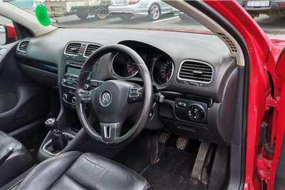 VW Golf Hatch GOLF VI 1.4 TSi COMFORTLINE 2012