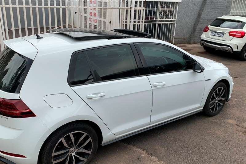 VW Golf Hatch GOLF VII 2.0 TSI R DSG (228KW) 2017