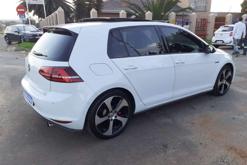 VW Golf Hatch GOLF VII GTi 2.0 TSI 2014