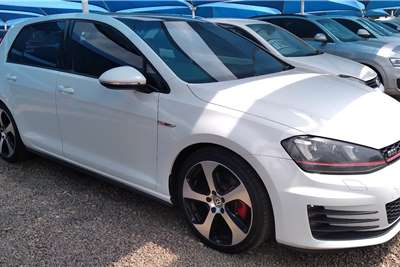 VW Golf Hatch GOLF VII GTi 2.0 TSI DSG PERFORMANCE PACK 2016