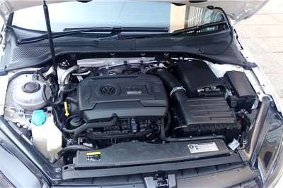 2016 VW Golf Golf R auto