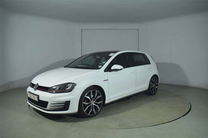 VW Golf VII GTi 2.0 TSI DSG 2015
