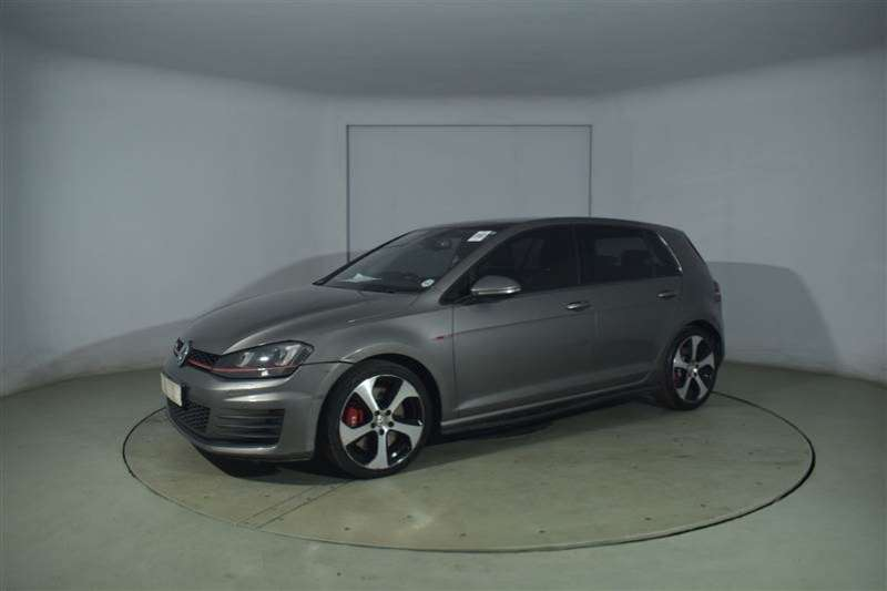 VW Golf VII GTi 2.0 TSI DSG PERFORMANCE 2015