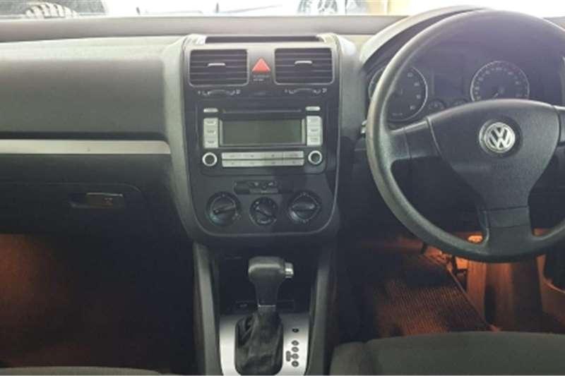 VW Jetta 1.6 Comfortline tiptronic 2010