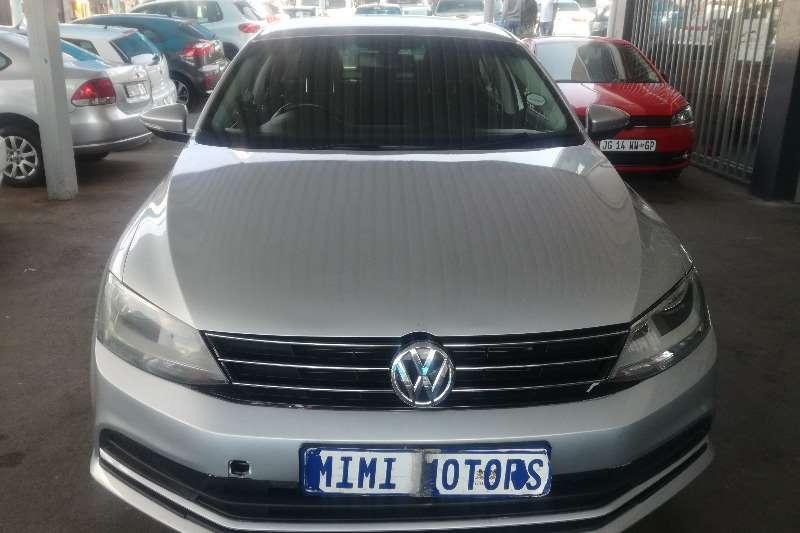VW Jetta 6 1.6 tsi comfortline 2012