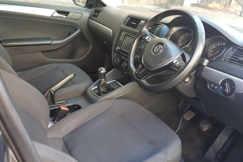 VW Jetta VI 1.4 TSi HIGHLINE DSG 2016
