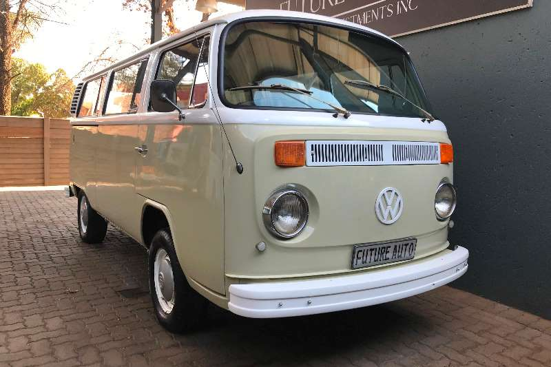 VW Kombi 1600 4 speed 1975