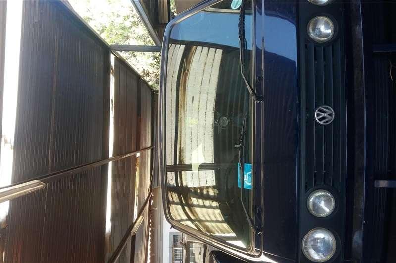 VW Microbus 2000