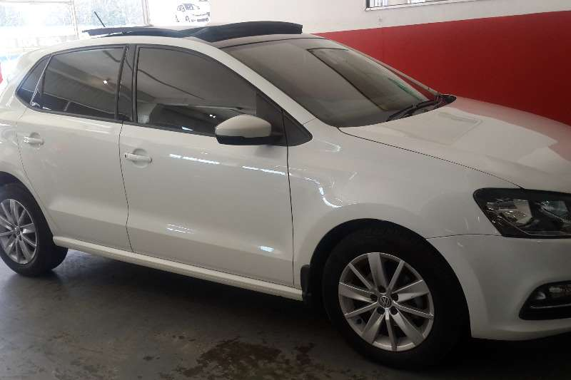 VW Polo hatch 1.2TSI Highline 2015