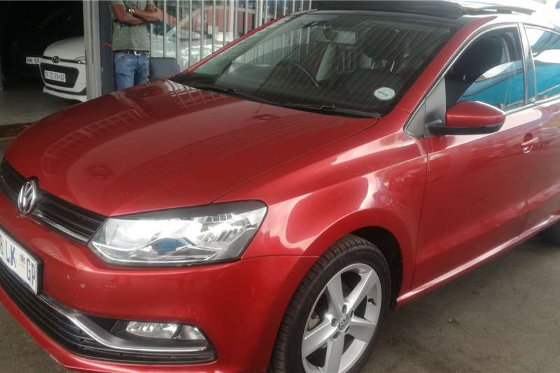 VW Polo Hatch POLO 1.0 TSI COMFORTLINE 2014