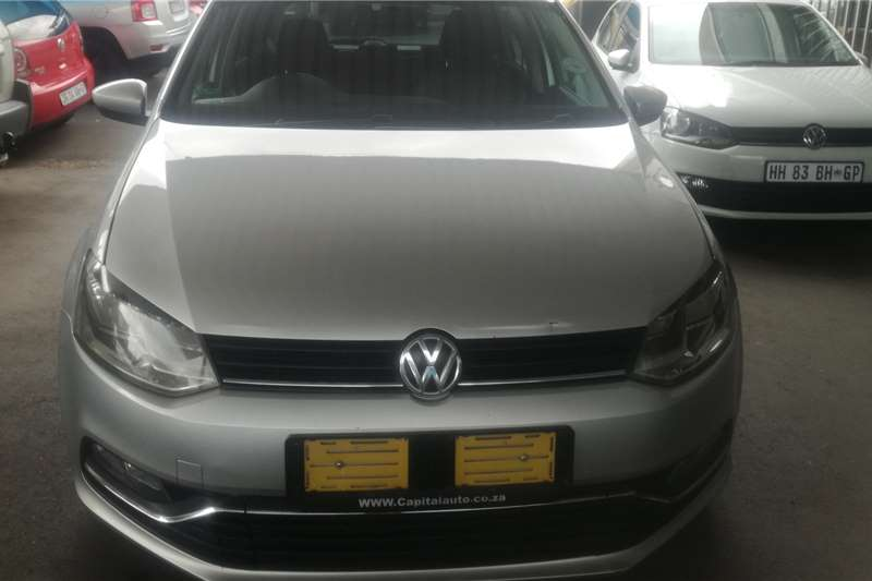 VW Polo Hatch POLO 1.0 TSI COMFORTLINE 2016