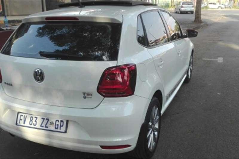 VW Polo Hatch POLO 1.0 TSI COMFORTLINE 2017
