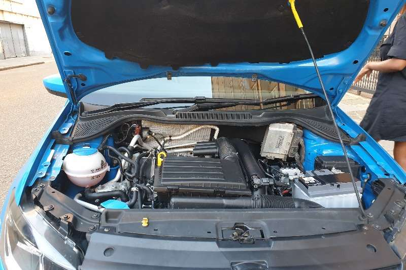 VW Polo Hatch POLO 1.0 TSI HIGHLINE DSG (85KW) 0