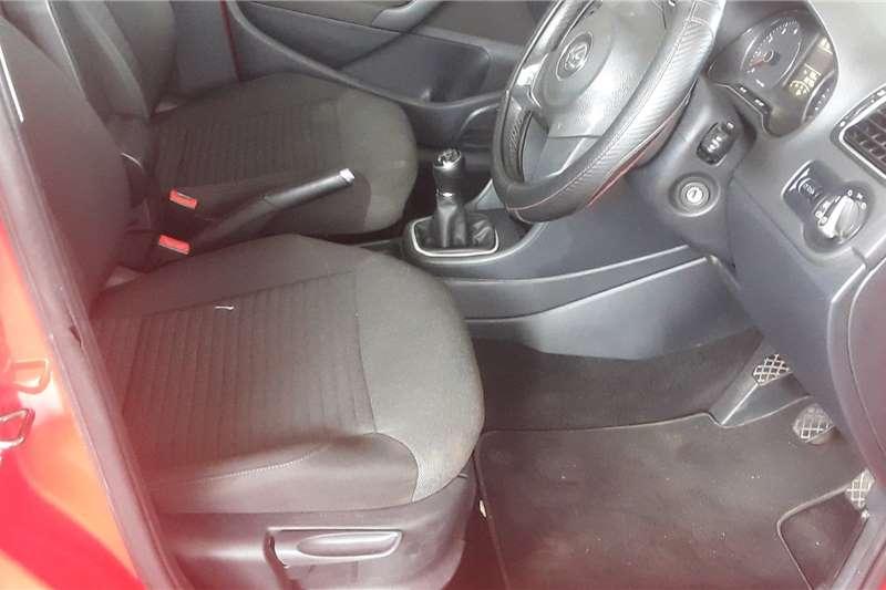 VW Polo Hatch POLO 1.4 COMFORTLINE 2014