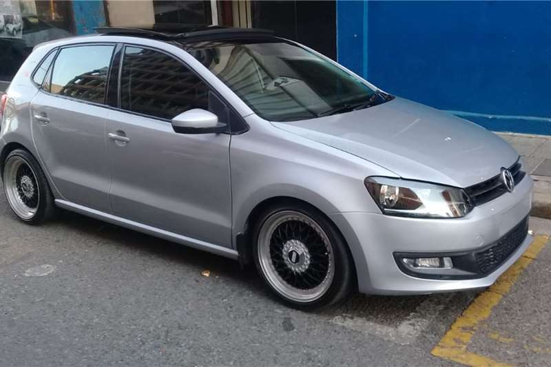 VW Polo Hatch POLO 1.6 COMFORTLINE 2014