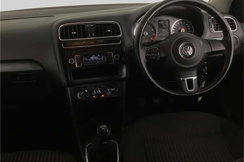 VW Polo sedan 1.4 Comfortline 2013