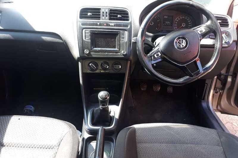 VW Polo sedan 1.4 Comfortline 2017