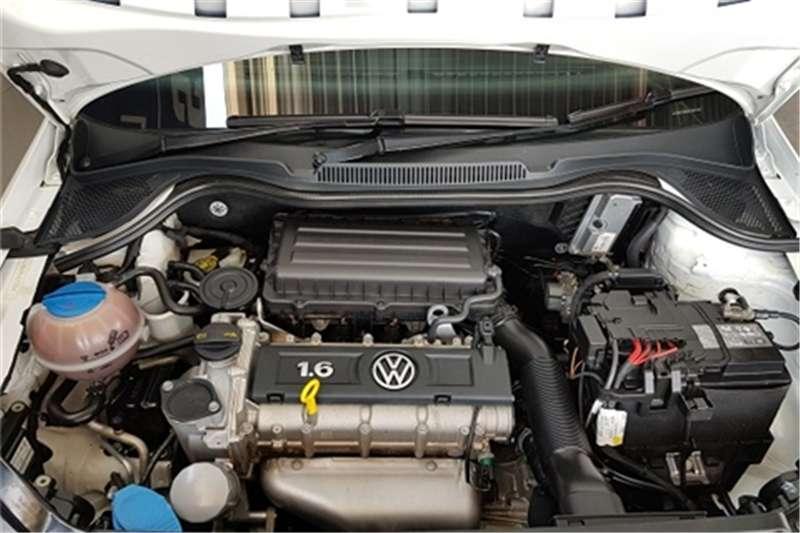 VW Polo sedan 1.6 Comfortline auto 2015